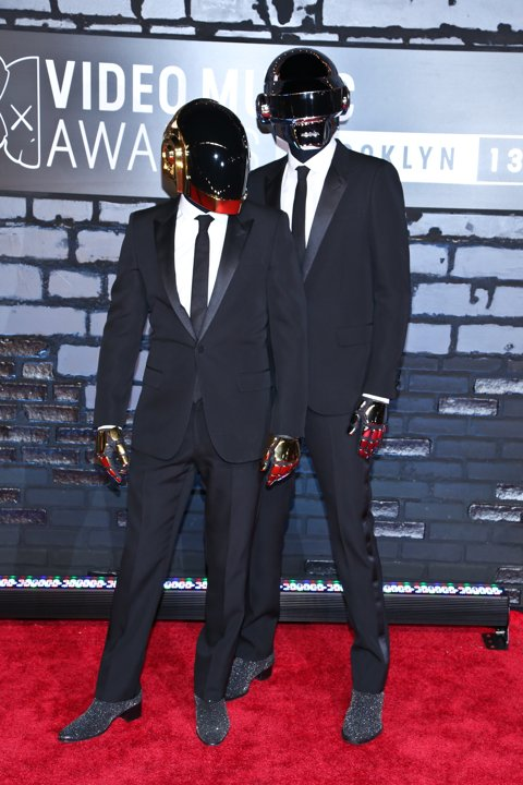 2013 VMA Wild Fashion Daft Punk